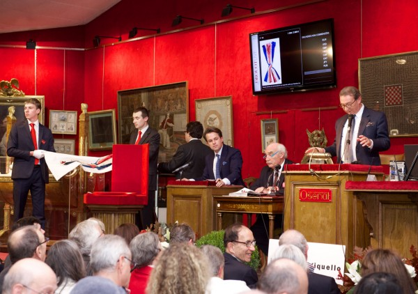 The auction in Fontainebleau
