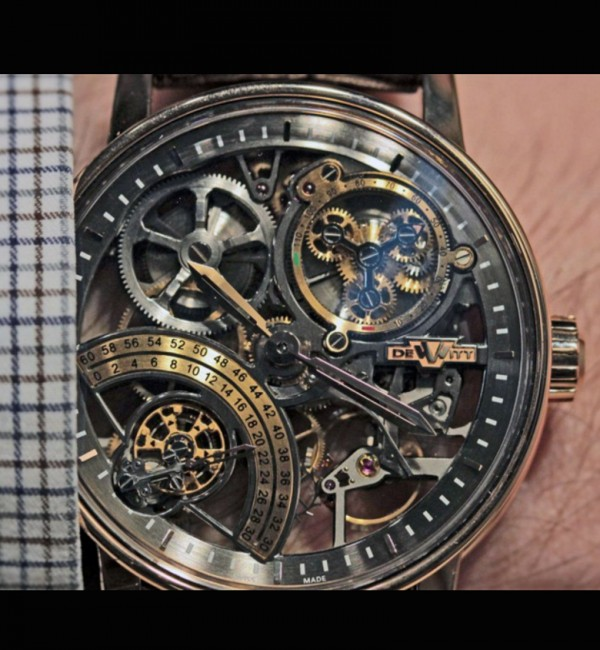 DeWitt Academia Skeleton on Worldtempus